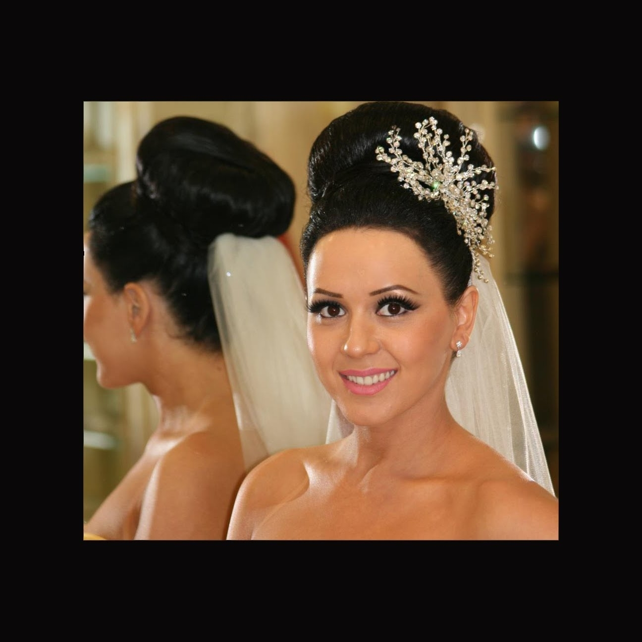 Wedding Hairstyles: Bridal Bun, Dry Waves, Curly Updo, Natural, Sexy With Regard To Widely Used Wedding Hairstyles For Long Curly Hair With Veil (View 10 of 15)