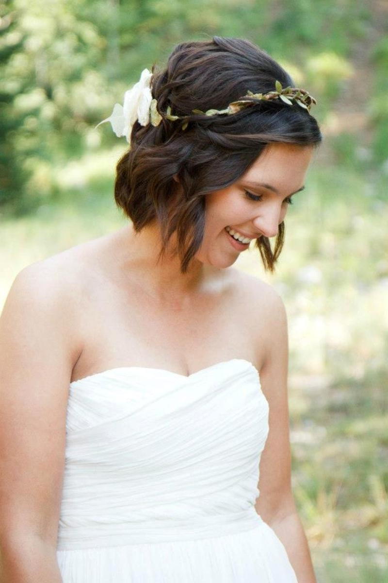 Wedding Hairstyles For Short Hair 2015 – Braids, Tiara Or Other Ideas? Pertaining To Fashionable Down Short Hair Wedding Hairstyles (View 13 of 15)