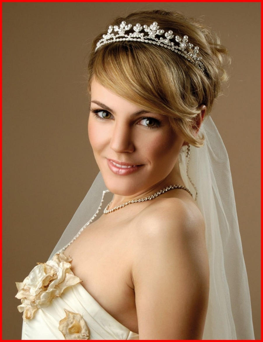Featured Photo of Wedding Hairstyles For Short Hair And Veil