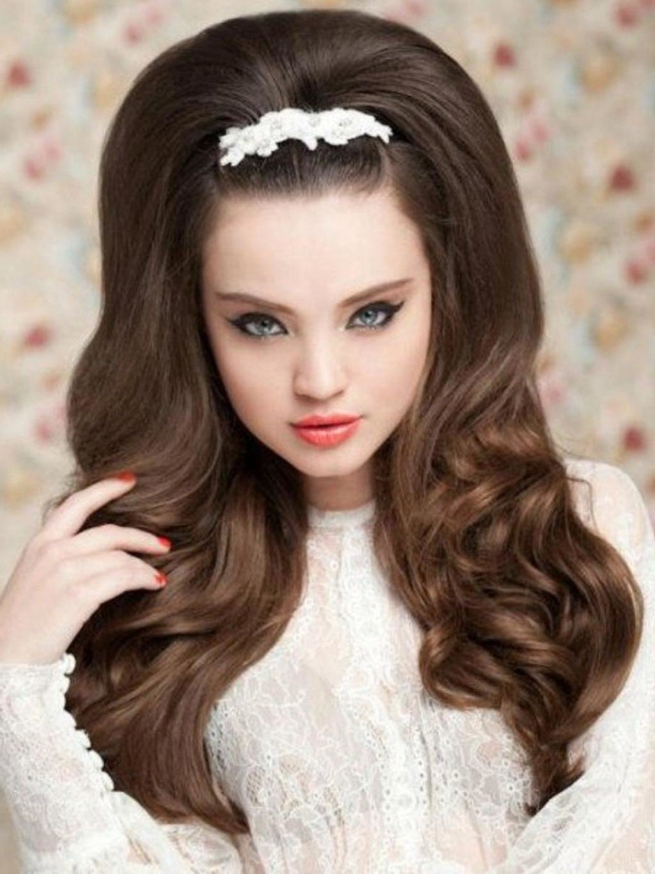 Wedding Hairstyles Ideas Half Up Medium Hair Casual 50th Anniversary Pertaining To Widely Used Casual Wedding Hairstyles (View 10 of 15)