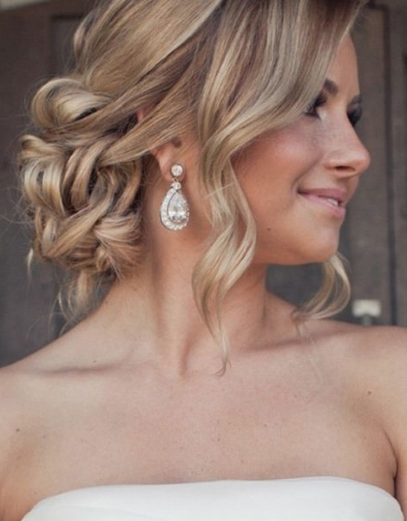 Wedding Hairstyles : Low Wedding Updo Hairstyles New Under How To Throughout Well Known Low Updo Wedding Hairstyles (View 15 of 15)