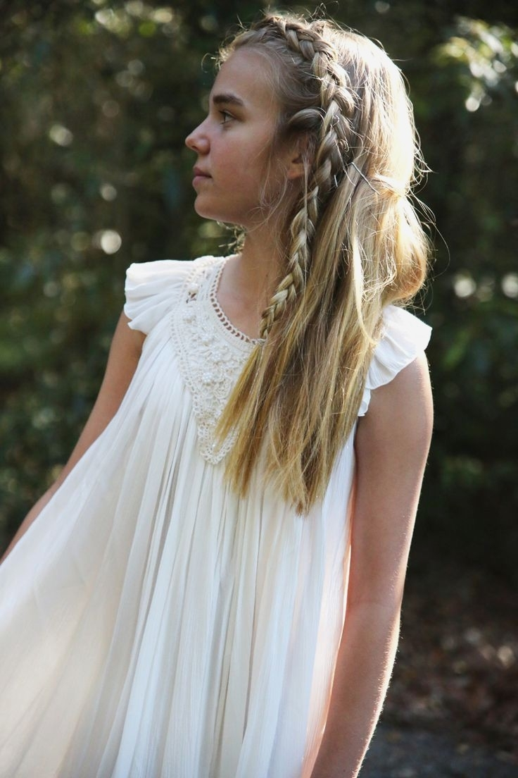 Wedding Hairstyles : Top Wedding Hairstyles For Teenage Bridesmaids For Widely Used Wedding Hairstyles For Teenage Bridesmaids (View 9 of 15)