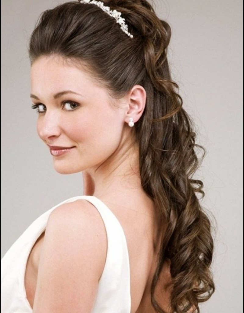 Wedding Hairstyles With Tiara Half Up – Hollywood Official Throughout Favorite Wedding Hairstyles For Shoulder Length Hair With Tiara (View 8 of 15)