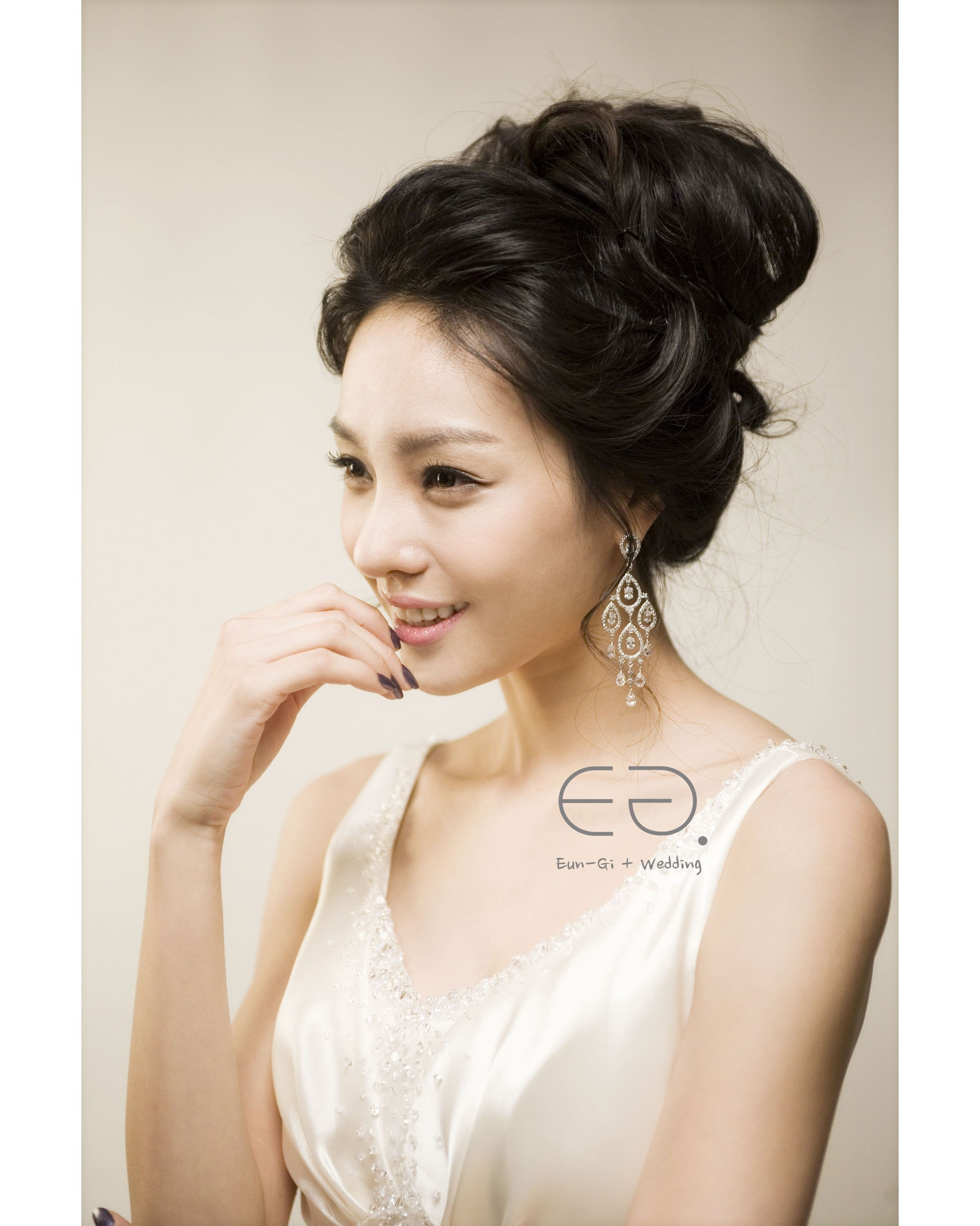 Well Known Asian Wedding Hairstyles In Wedding Hairstyles For Asian Hair 1000+ Images About Asian Bridal Up (View 4 of 15)