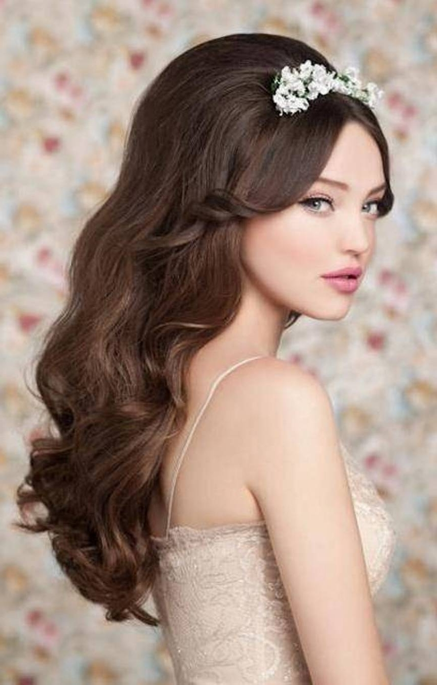 Well Known Glamorous Wedding Hairstyles For Long Hair Within A Mixture Of Classic Curls Glamorous Glamorous Wedding Hairstyles (View 4 of 15)