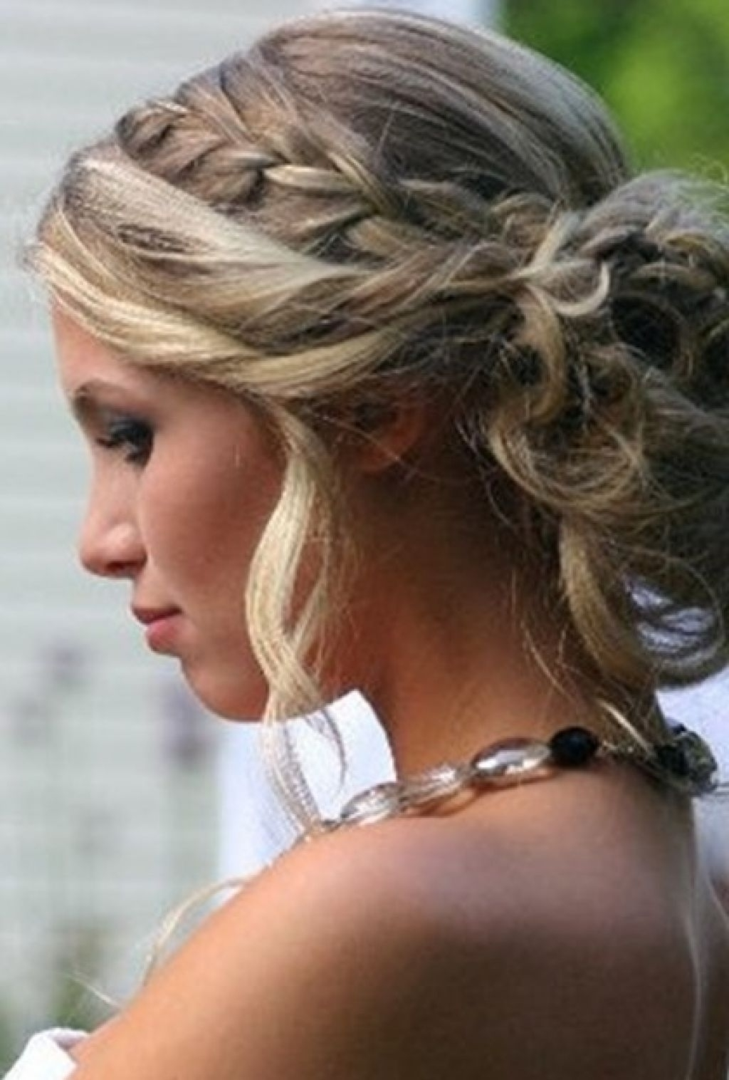 Well Known Wedding Hairstyles For Thick Hair With Regard To Photo: Prom Hairstyles Tumblr Thick Shoulder Length Hair Wedding (View 13 of 15)