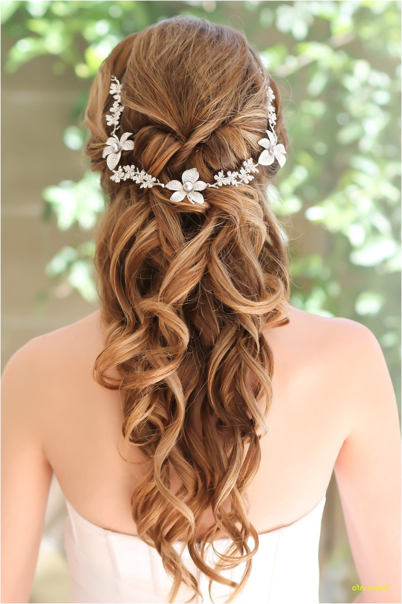 Well Liked Modern Wedding Hairstyles For Bridesmaids In Modern Wedding Hairstyles For Bridesmaids New Celebrity Bridal (View 13 of 15)