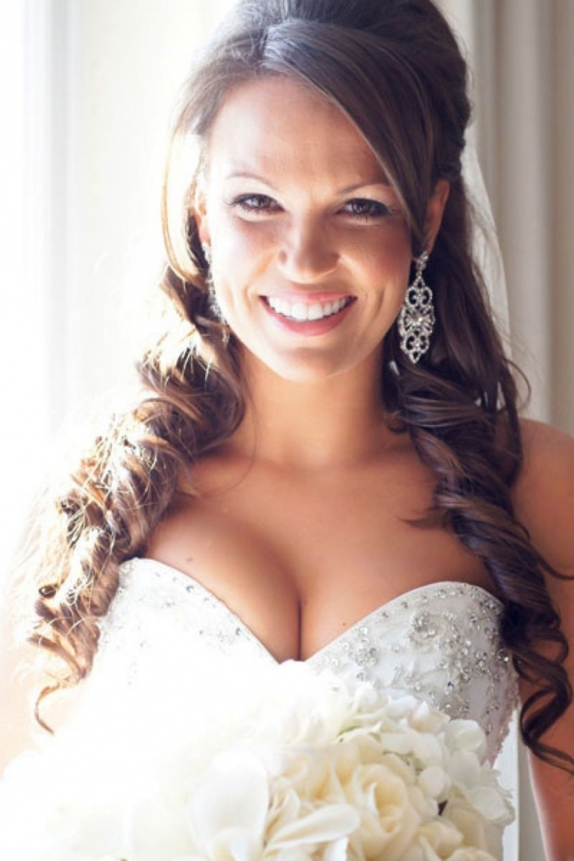 Photo Gallery of Wedding Hairstyles For Long Hair Down With Veil And ...