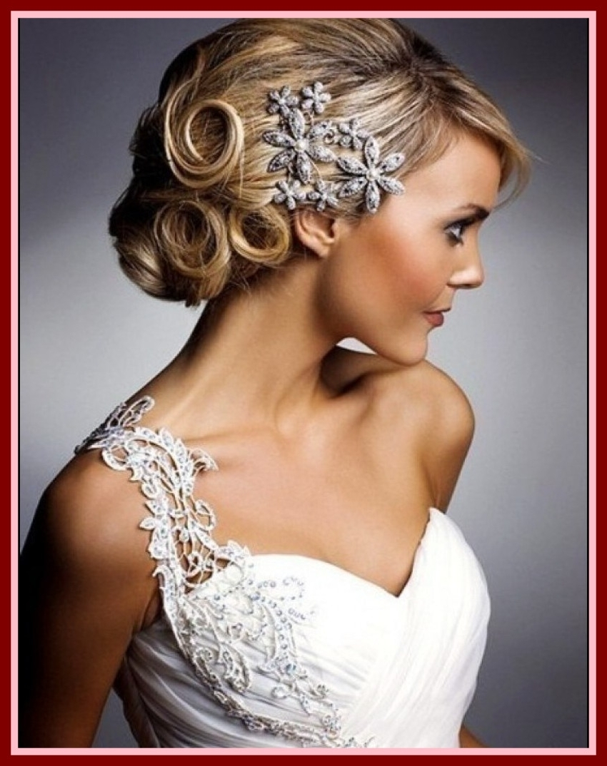 Photo Gallery Of Wedding Hairstyles For Long Hair With Veil And