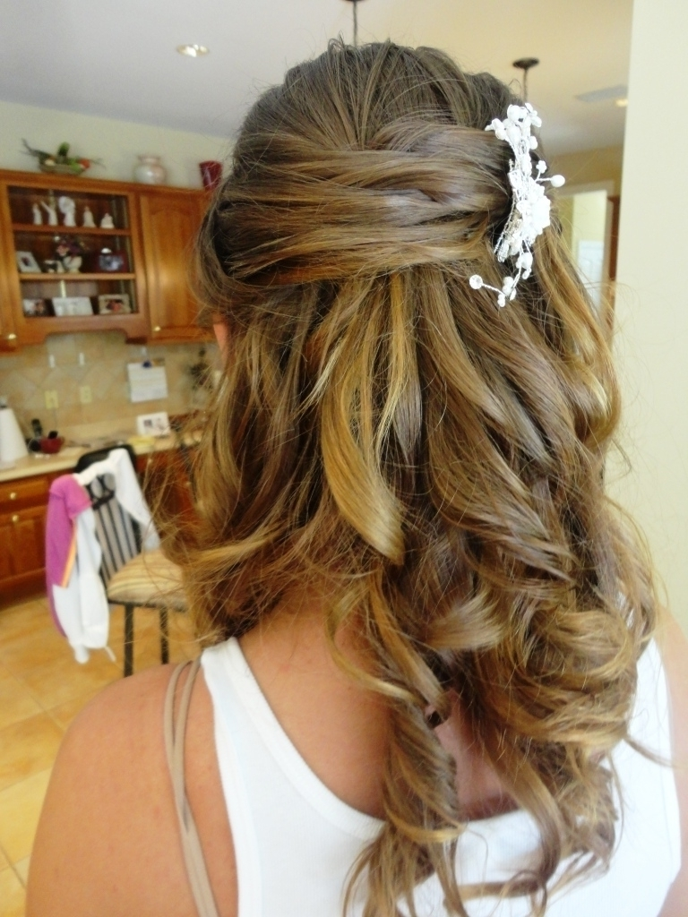 Widely Used Wedding Hairstyles Down For Medium Length Hair With Photo: Wedding Hairstyles Down For Shoulder Length Hair Half Up Half (View 15 of 15)