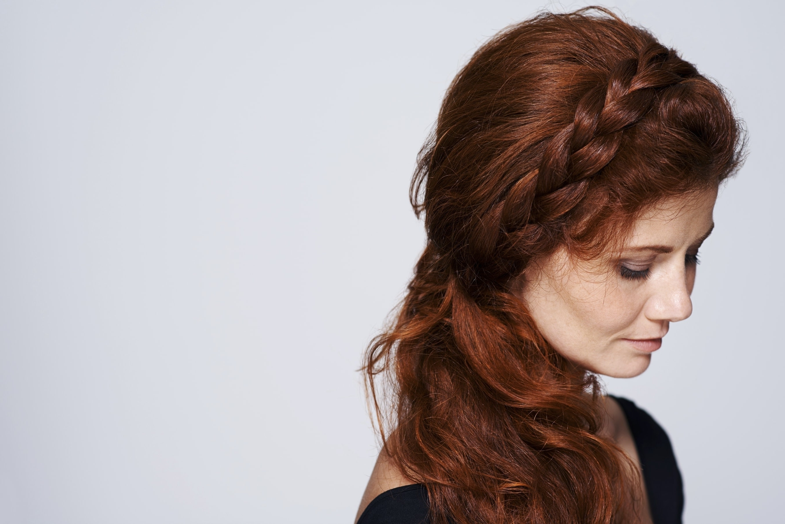 23 Curly Prom Hairstyles To Make It A Night To Remember (2018 Update) Throughout Most Recently Released Braided Hairstyles For Red Hair (View 11 of 15)