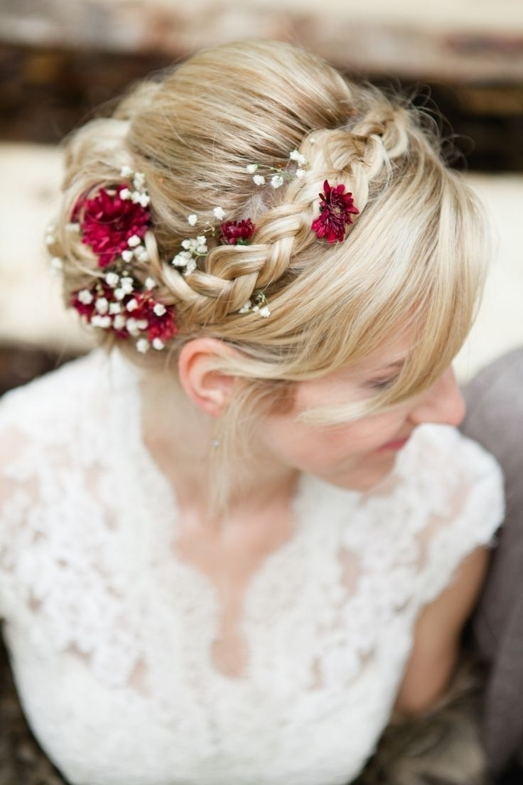 25 Best Hairstyles For Brides (View 8 of 15)