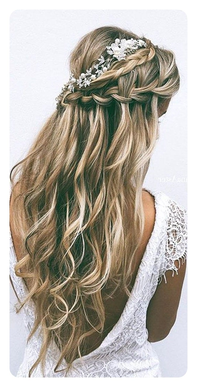 82 Graduation Hairstyles That You Can Rock This Year In Most Recent Braided Graduation Hairstyles (Gallery 6 of 15)