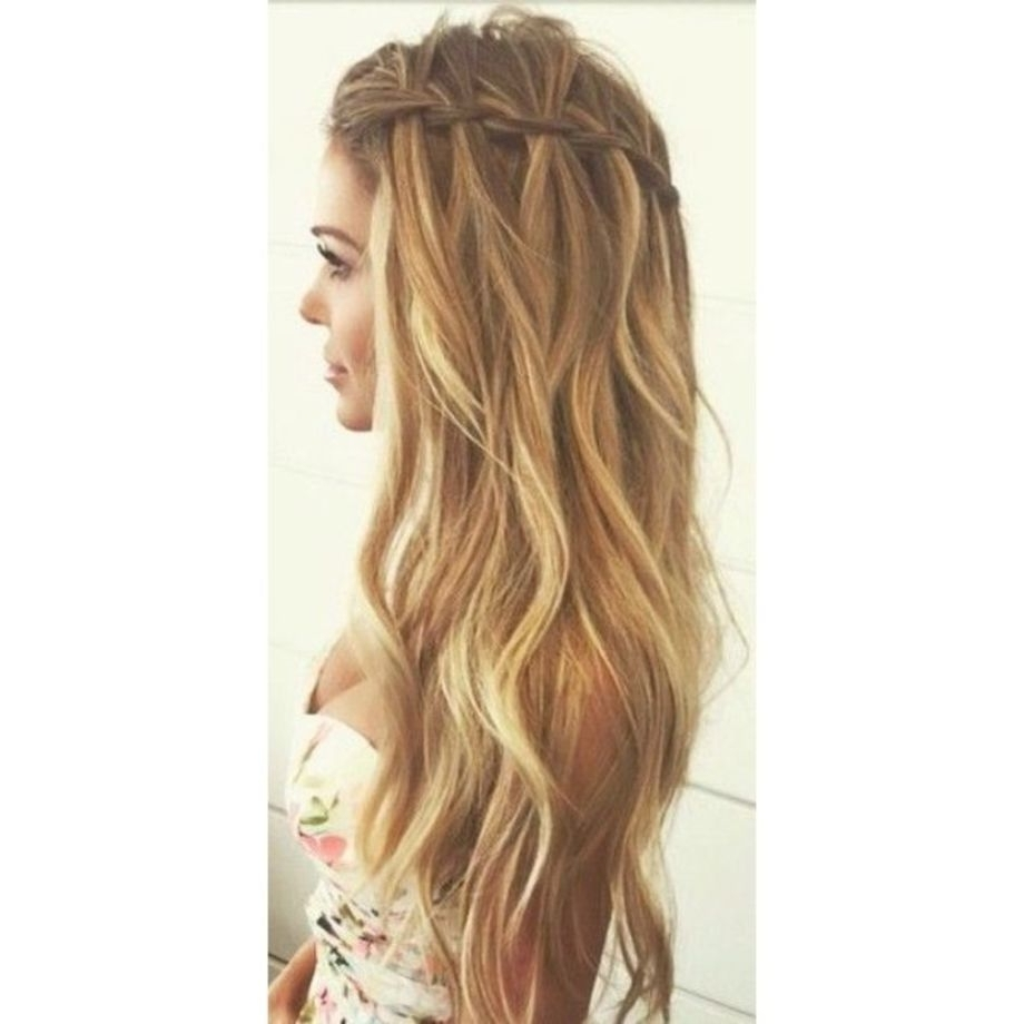 Featured Photo of Braided Loose Hairstyles