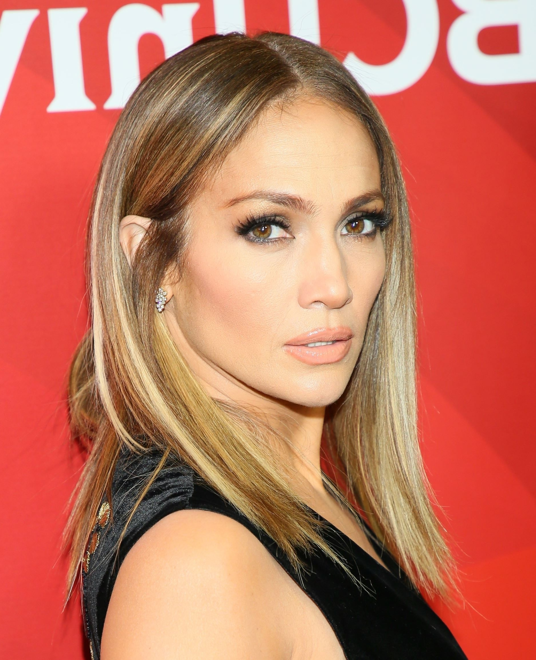 Jennifer Lopez Hairstyle 2018 1 (Gallery 13 of 15)