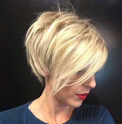 20 Short Blonde Hairstyles (View 12 of 15)