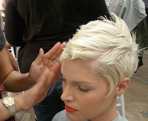 2017 Bleach Blonde Pixie Haircuts With 30 Best Pixie Haircuts (View 2 of 15)