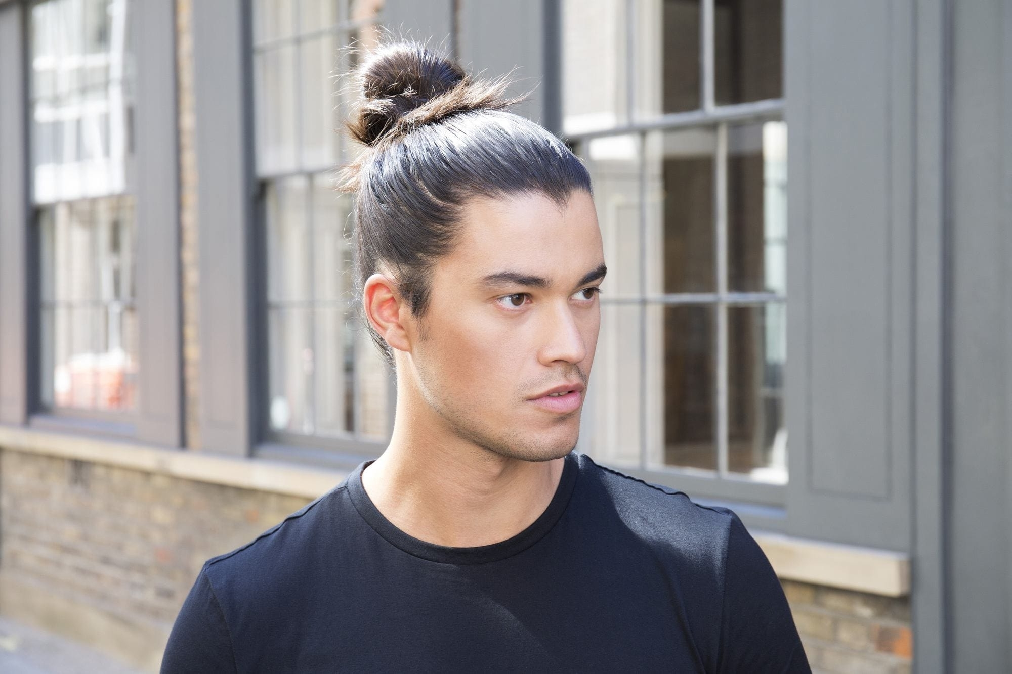 2018 Casual Bun With Highlights Within How To Tie A Man Bun: Step By Step Tutorials And Video (View 2 of 15)