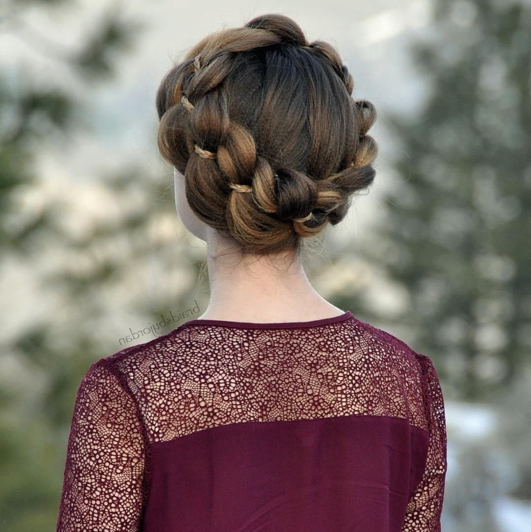 Featured Photo of Crimped Crown Braids