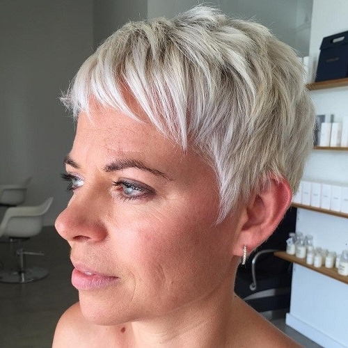 25 Best Hair Color Ideas For Short Pixie Haircuts 2018 – Best Hair Intended For Fashionable Undercut Blonde Pixie With Dark Roots (View 3 of 15)