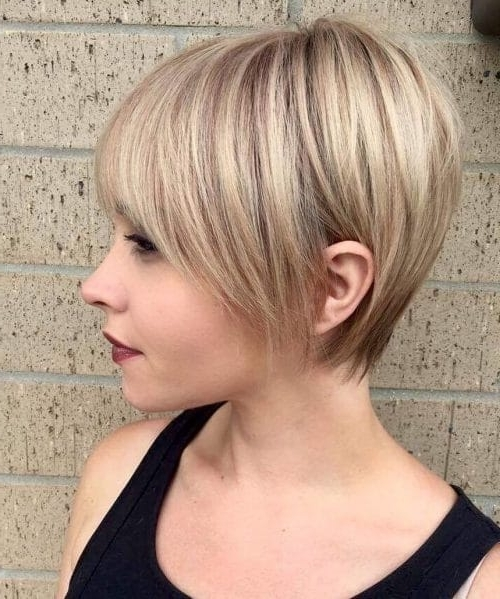 Featured Photo of Angled Pixie Bob Haircuts With Layers
