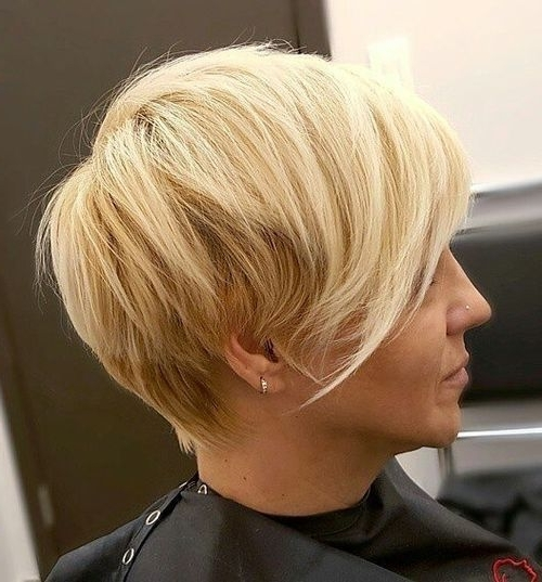 Current Blonde Pixie Haircuts With Short Angled Layers Pertaining To 40 Сharming Short Fringe Hairstyles For Any Taste And Occasion (View 2 of 15)
