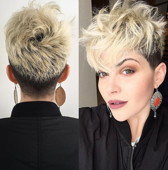 Current Contemporary Pixie Haircuts Within 22 Best Hairstyles For Thick Hair – Sleek, Frizz Free & Contemporary (View 5 of 15)