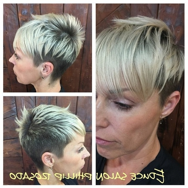 Current Two Tone Pixie Haircuts With Regard To Cool Two Toned Short Haircut With Bangs – Hairstyles Weekly (View 6 of 15)
