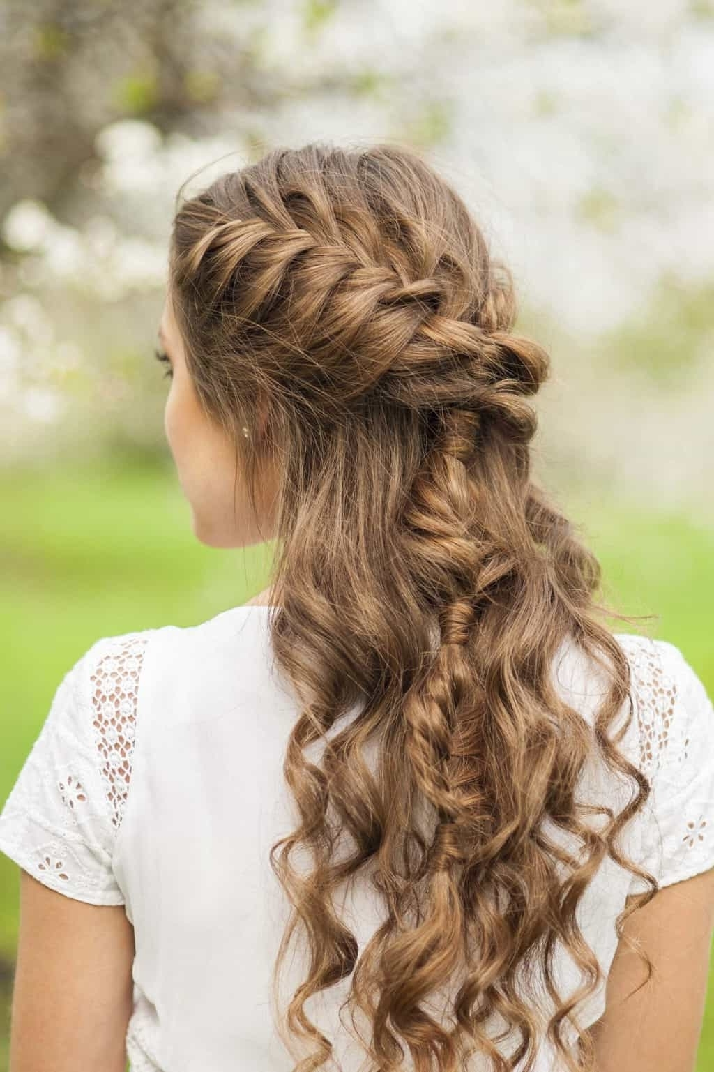 Fashionable French Braid Hairstyles With Curls For 10 Elegant French Braids To Wear With Curly Hair (View 2 of 15)