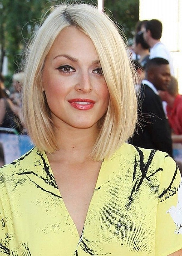 Fashionable Side Parted Blonde Balayage Pixie Haircuts Within 30 Most Hottest Straight Bob Haircuts For Women – Haircuts (View 9 of 15)
