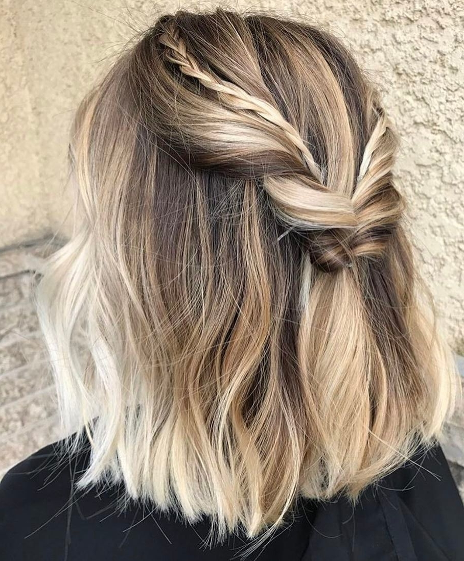 Favorite Twisted Updo With Blonde Highlights Inside Short Bob: Blunt Short Bob With Blonde Highlights And A Half Yp (View 1 of 15)