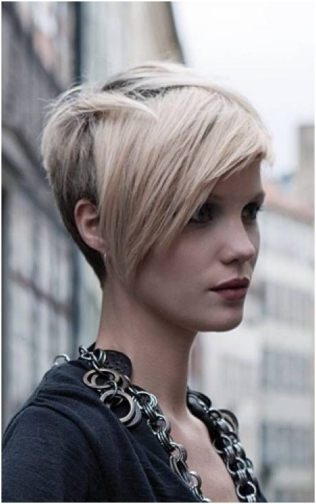 Featured Photo of Long Tapered Pixie Haircuts With Side Bangs