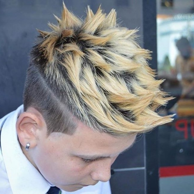 [%Most Recently Released Spiked Blonde Mohawk Haircuts Within 60 Breathtaking Spiked Hair Styles – [Stand Out In 2018!]|60 Breathtaking Spiked Hair Styles – [Stand Out In 2018!] With Regard To Most Current Spiked Blonde Mohawk Haircuts%] (View 3 of 15)