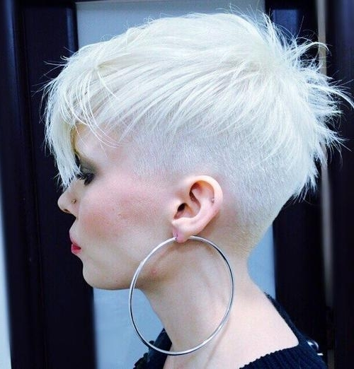 Most Up To Date Bleach Blonde Pixie Haircuts With Blonde, Red, Brown, Ombre Ed And Highlighted Pixie Cuts For Any Taste (View 8 of 15)