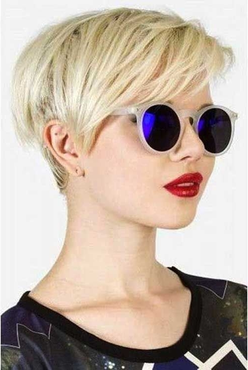 Featured Photo of Contemporary Pixie Haircuts