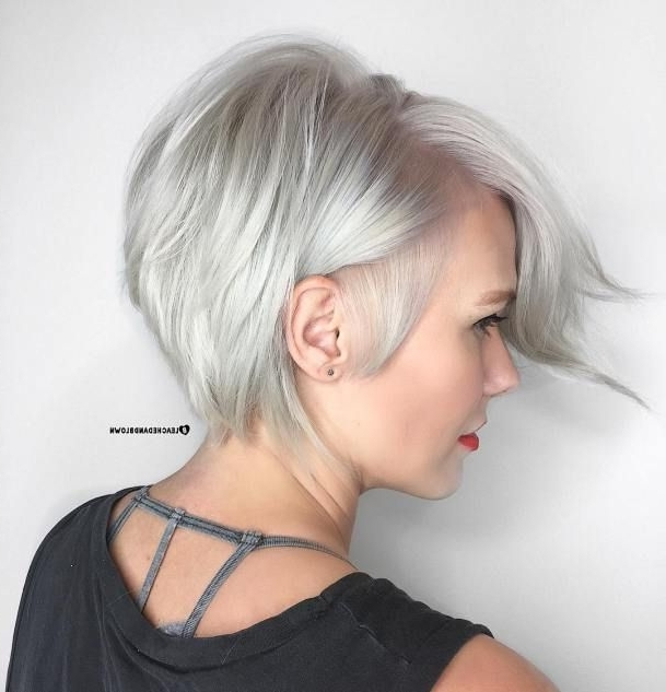 Featured Photo of Side Parted Silver Pixie Bob Haircuts