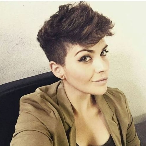 Pixie Haircuts With Bangs – 40 Terrific Tapers – Page 18 – Foliver Blog Within Favorite Messy Tapered Pixie Haircuts (View 9 of 15)