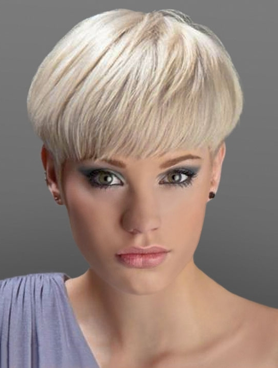 Featured Photo of Pixie Wedge Haircuts