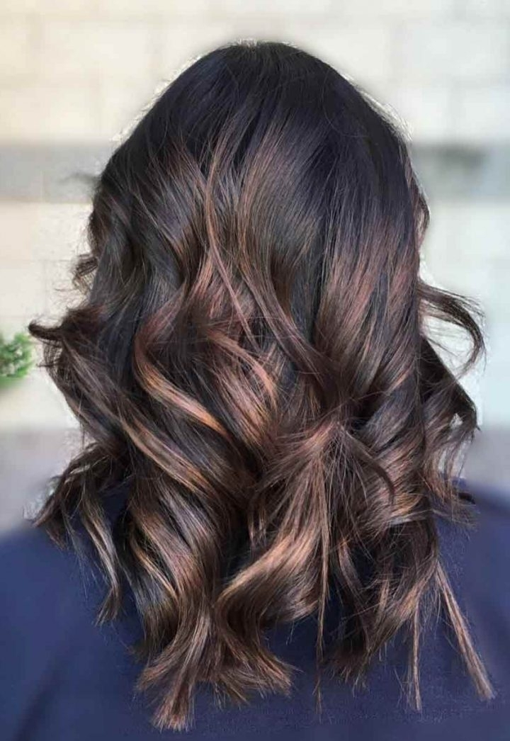 Top 30 Chocolate Brown Hair Color Ideas & Styles For 2018 For Preferred Piece Y Haircuts With Subtle Balayage (View 11 of 15)
