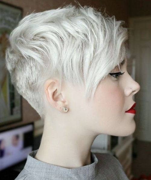 Trendy Platinum Blonde Disheveled Pixie Haircuts Regarding 47 Amazing Pixie Bob You Can Try Out This Summer! (View 14 of 15)