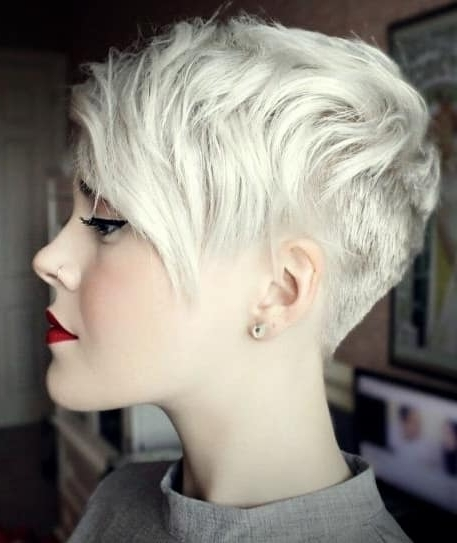 Uneven Undercut Pixie – Haircut Styles And Hairstyles In Popular Undercut Pixie (View 15 of 15)