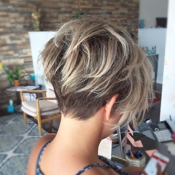 Well Known Angled Pixie Bob Haircuts With Layers Pertaining To 35 Fabulous Short Haircuts For Thick Hair (View 9 of 15)