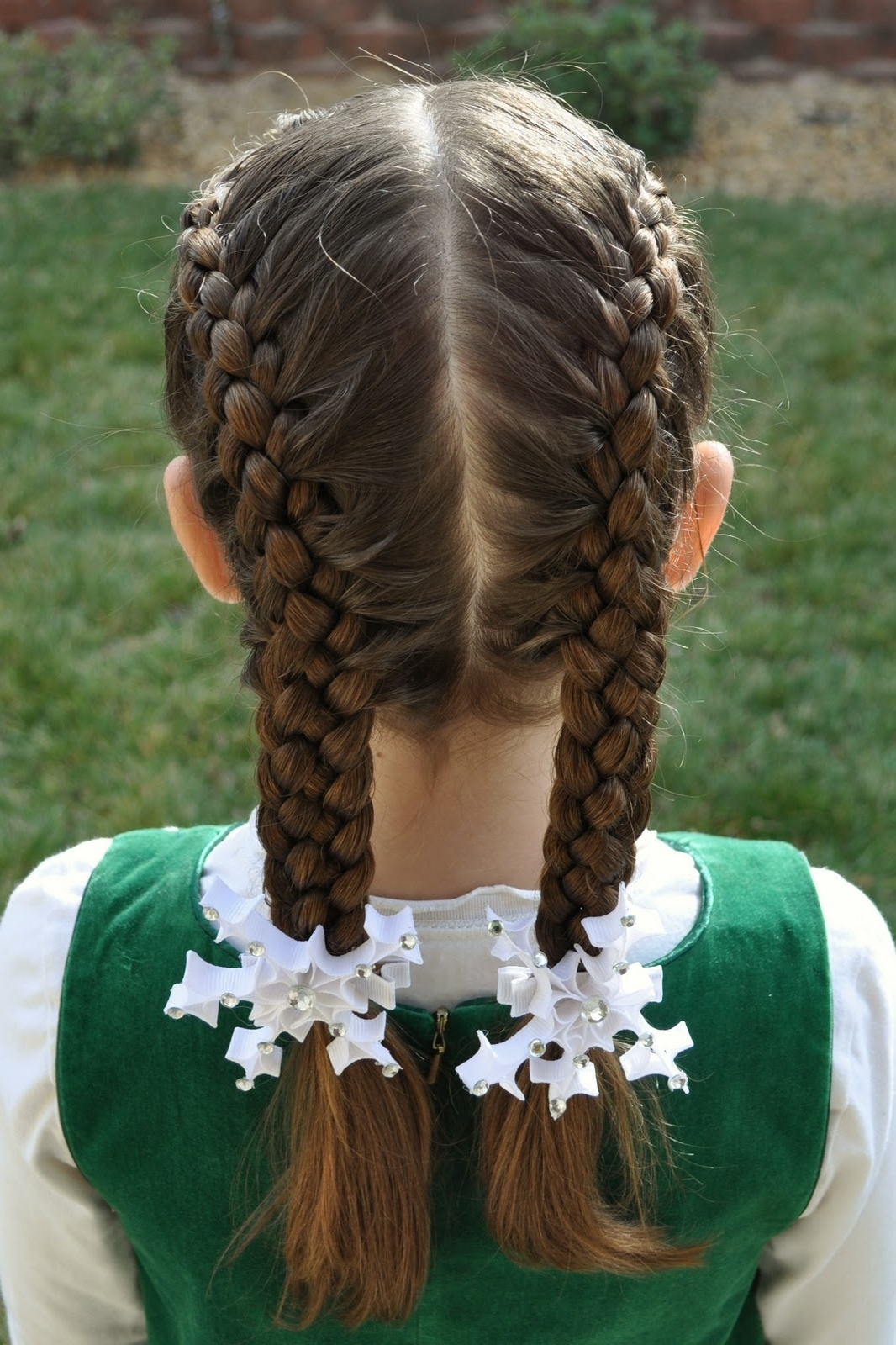 Well Known Diagonal Two French Braid Hairstyles For Princess Piggies: Diagonal French 5 Strand (View 15 of 15)