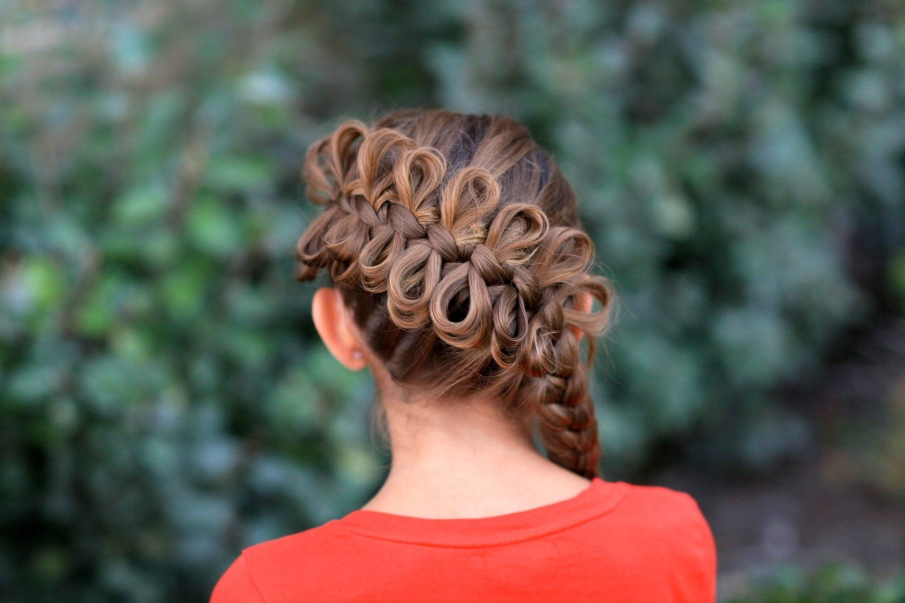 Well Known Elegant Bow Braid Hairstyles In Diagonal Bow Braid (View 15 of 15)