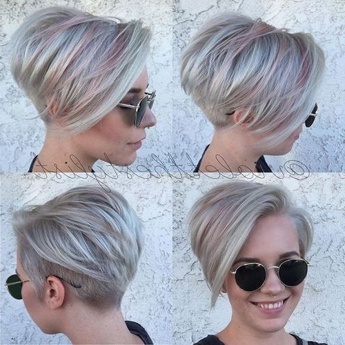 Well Liked Stacked Pixie Haircuts With V Cut Nape Pertaining To Kurzhaarfrisuren Mit Verrückten Farben, Die Einen Neuen Look (View 15 of 15)
