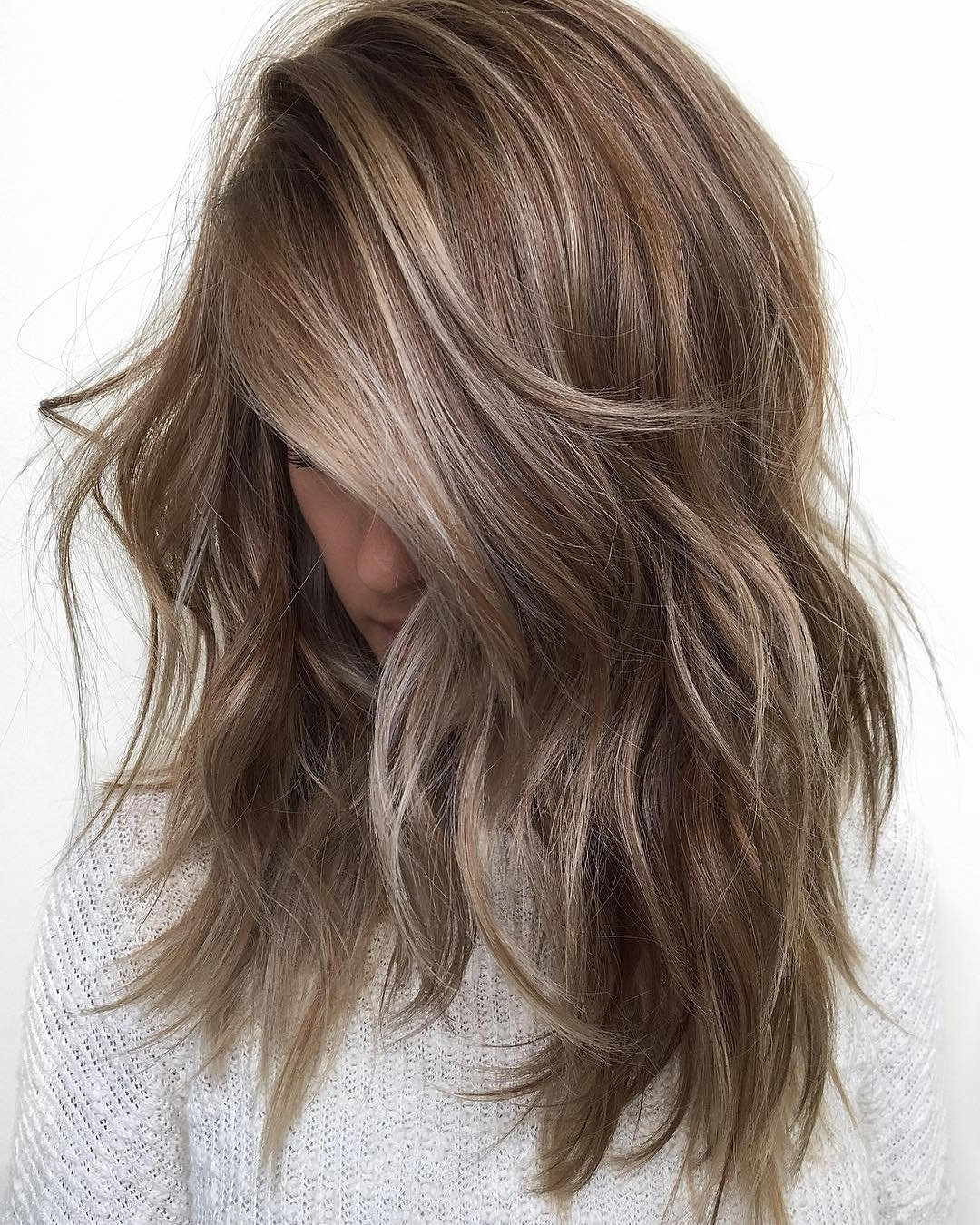 10 Balayage Ombre Hair Styles For Shoulder Length Hair, Women Regarding Preferred Gently Angled Waves Blonde Hairstyles (View 14 of 20)