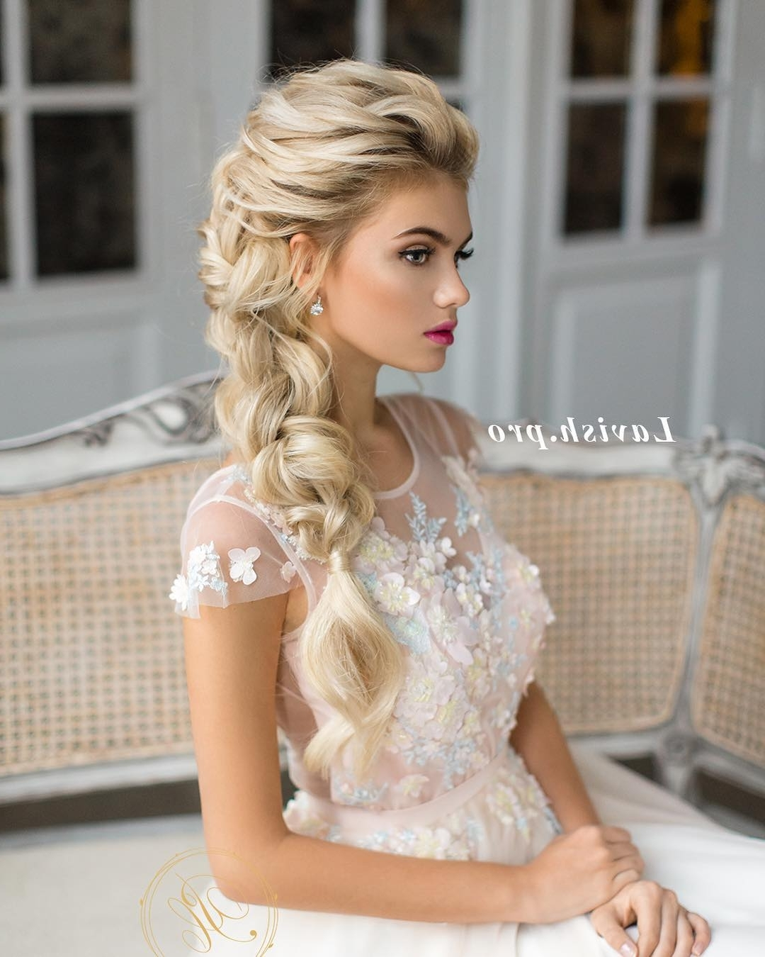 10 Lavish Wedding Hairstyles For Long Hair – Wedding Hairstyle Ideas Regarding Fashionable White Wedding Blonde Hairstyles (View 3 of 20)