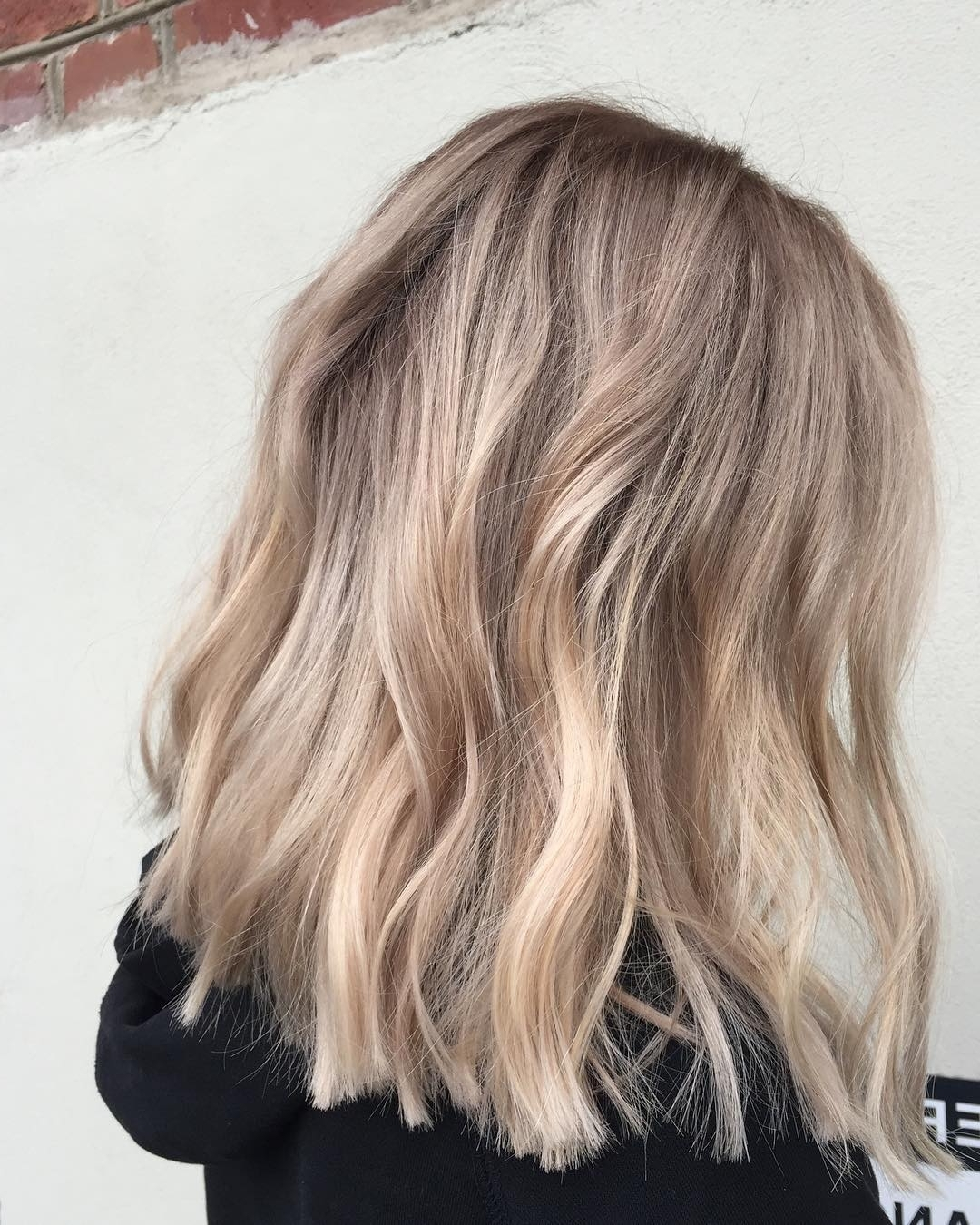 10 Lob Haircut Ideas – Edgy Cuts & Hot New Colors – Popular Haircuts Pertaining To Most Recent Dark And Light Contrasting Blonde Lob Hairstyles (View 1 of 20)