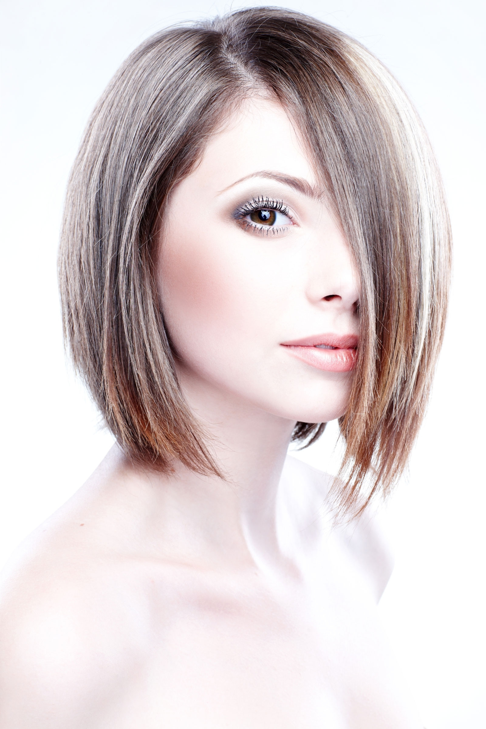 12 Short Bob Haircuts And Hairstyles Throughout Current Side Parted Blonde Balayage Pixie Hairstyles (View 2 of 20)