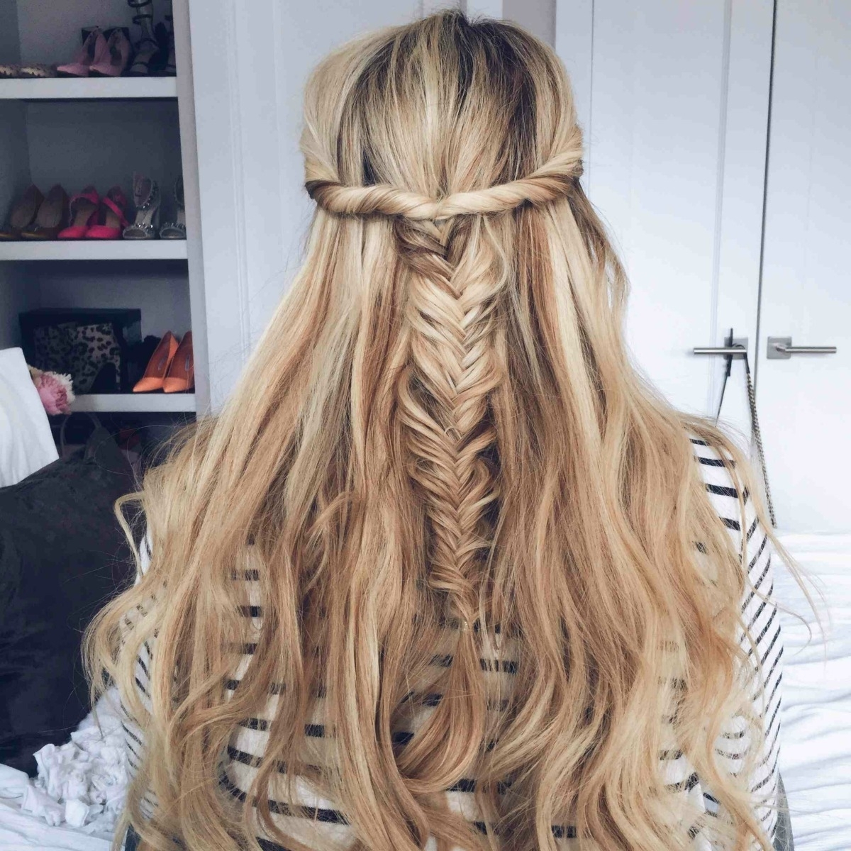 15 Casual & Simple Hairstyles That Are Half Up, Half Down Within Most Up To Date Braided Along The Way Hairstyles (View 2 of 20)